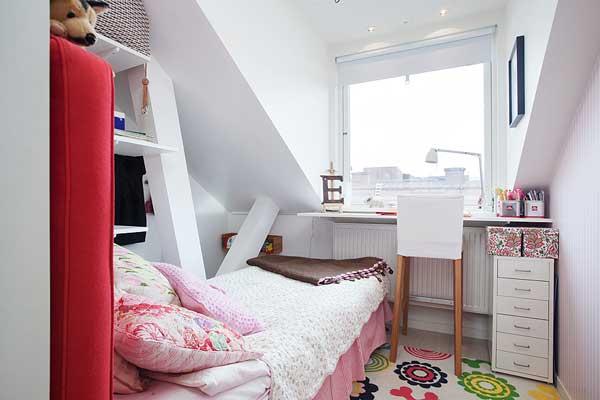 appartement lumineux et coloré (15)