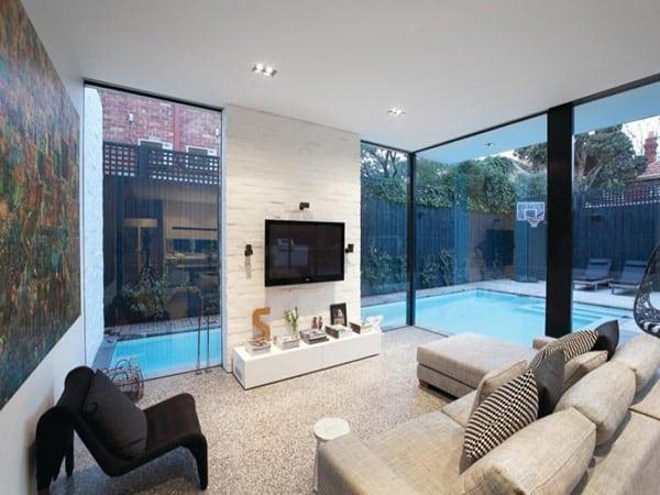 salon amp grande baie vitre ious home par adx architects villa douar nne melbourne - Maison Moderne Avec Grande Baie Vitree
