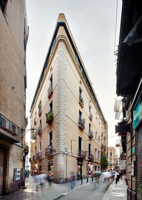 Un appartement moderne qui a conservé l'esprit rétro (2)