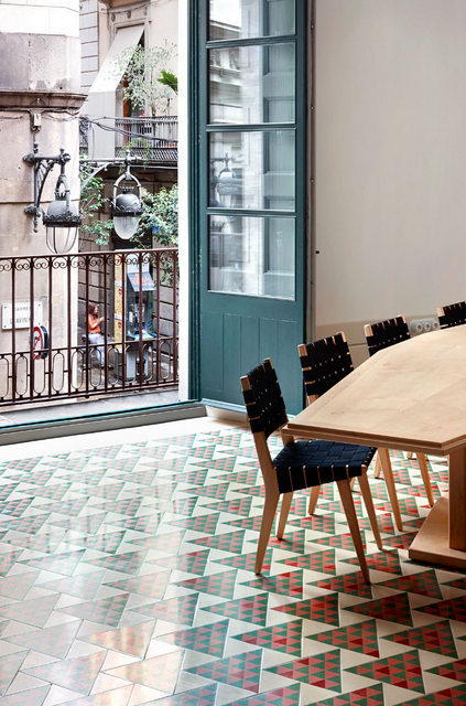 Un appartement moderne qui a conservé l'esprit rétro (6)