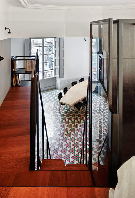 Un appartement moderne qui a conservé l'esprit rétro (7)