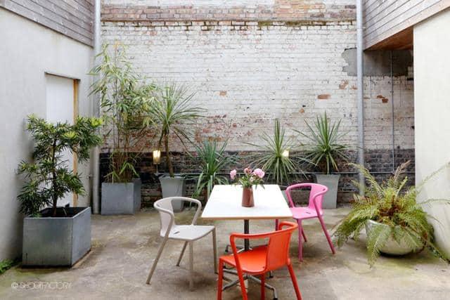 Un ancien entrepôt converti en maison moderne (10)