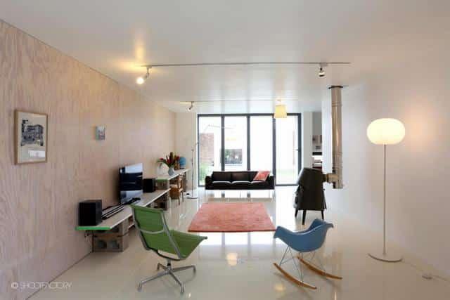 Un ancien entrepôt converti en maison moderne (14)