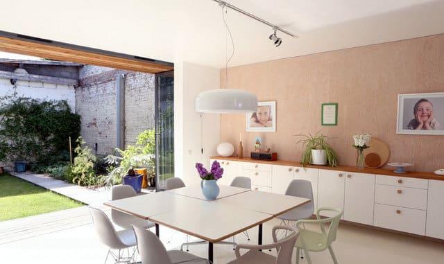 Un ancien entrepôt converti en maison moderne (4)