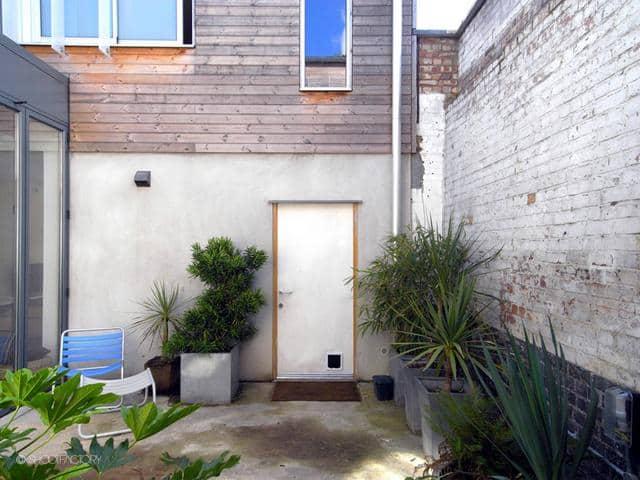 Un ancien entrepôt converti en maison moderne (9)