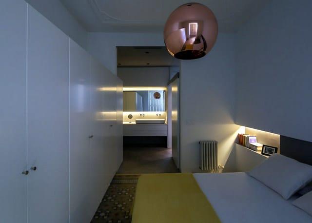 Barcelone un appartement rénové avec des panneaux coulissants (13)