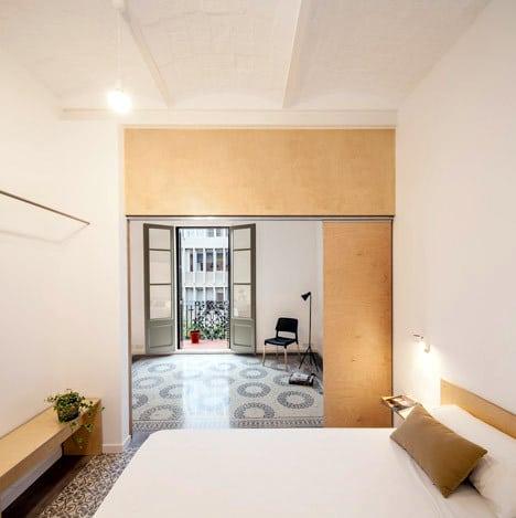 Un appartement rénové à Barcelone (7)
