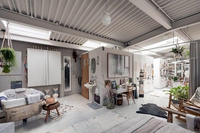La conversion d'un entrepôt en habitation (5)