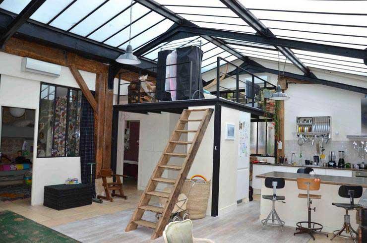 Un lit mezzanine pour optimiser l 39 espace - Etageres suspendues plafond ...
