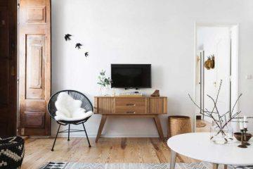 Appartement renove dans les tons blanc et bois clair (1)