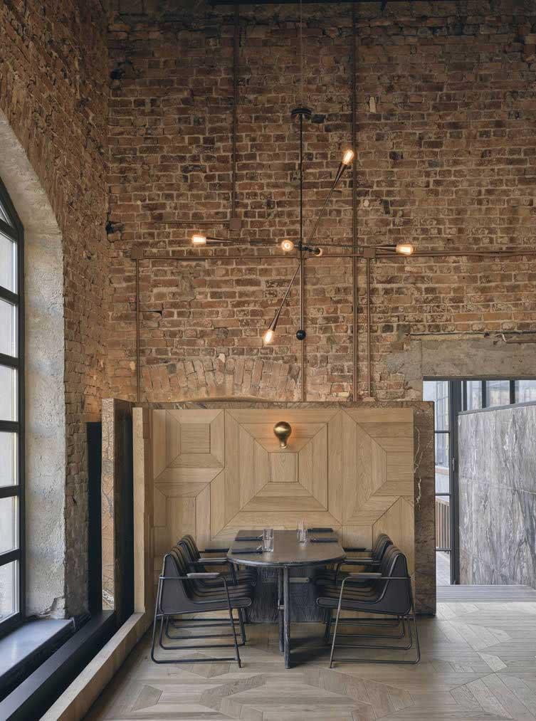 Restaurant au design industriel (1)