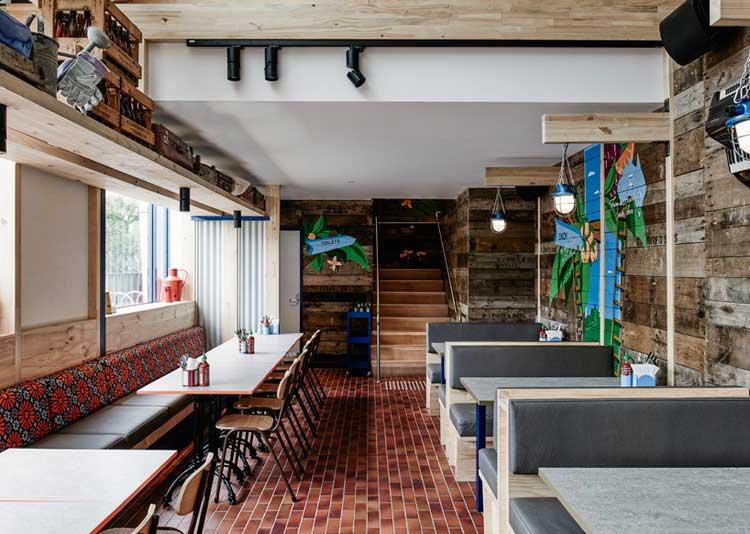 restaurant deco eclectique