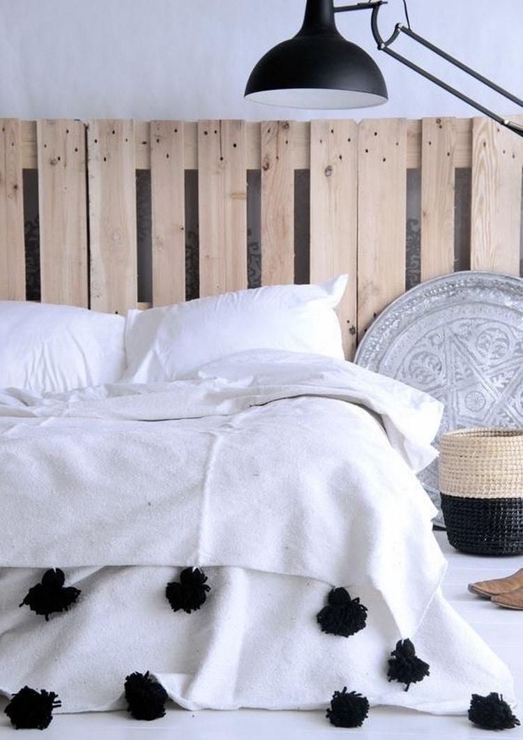 fabriquer une tete de lit en palette