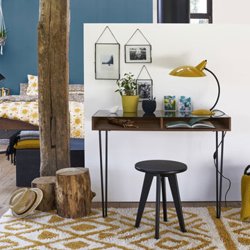 De bureau en verre se veut tant t design r tro ou contemporain - Bureau verre design contemporain ...