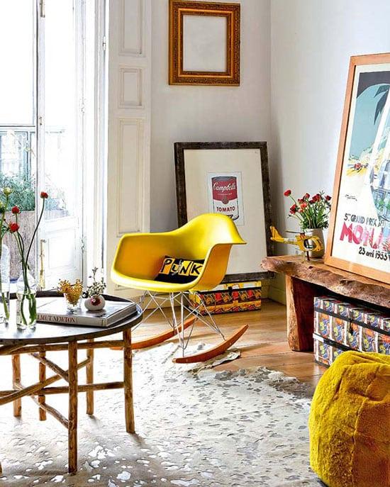 chaise eames jaune à bascule