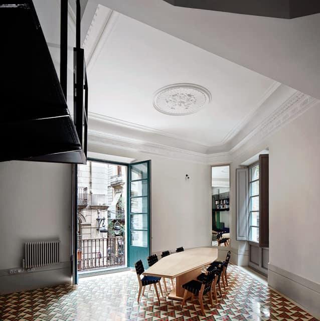 Un appartement moderne qui a conservé l'esprit rétro (3)