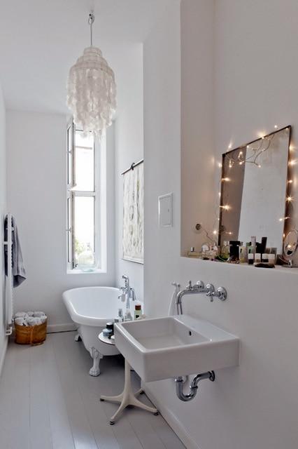 parquet salle de bain blanc
