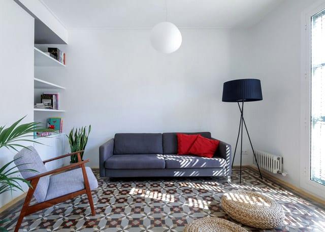 Barcelone un appartement rénové avec des panneaux coulissants (3)