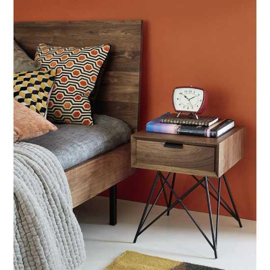 Table de chevet en métal et bois design