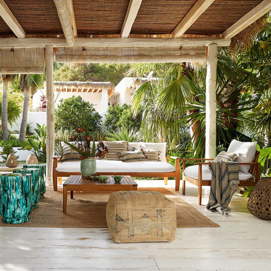 Canapé en bois pour le jardin
