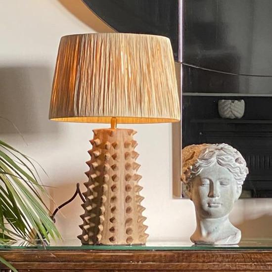 Lampe en raphia, couleur terracotta