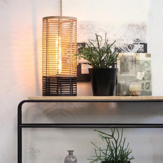 Lampe en rotin bicolore