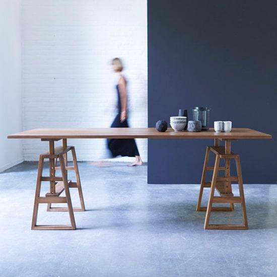Table originale pour 12 personnes