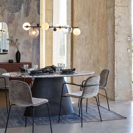 Table originale avec plateau en marbre