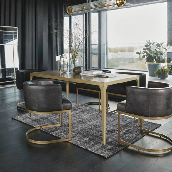 Table originale en métal
