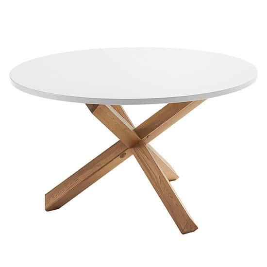 Table ronde scandinave : TOP 10 des modèles pour salle à manger