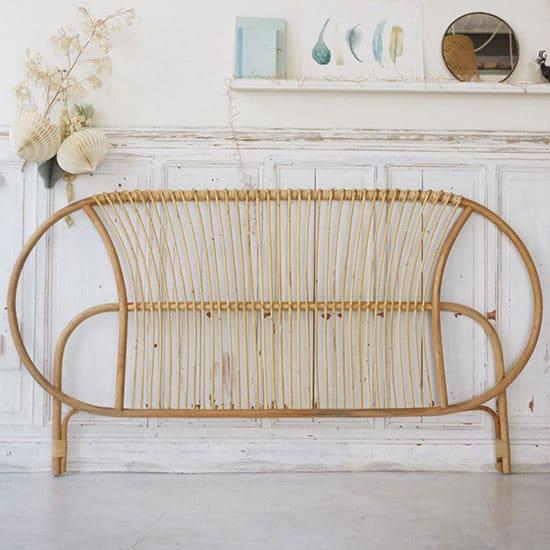 Tête de lit en rotin : 11 modèles pour la chambre parentale