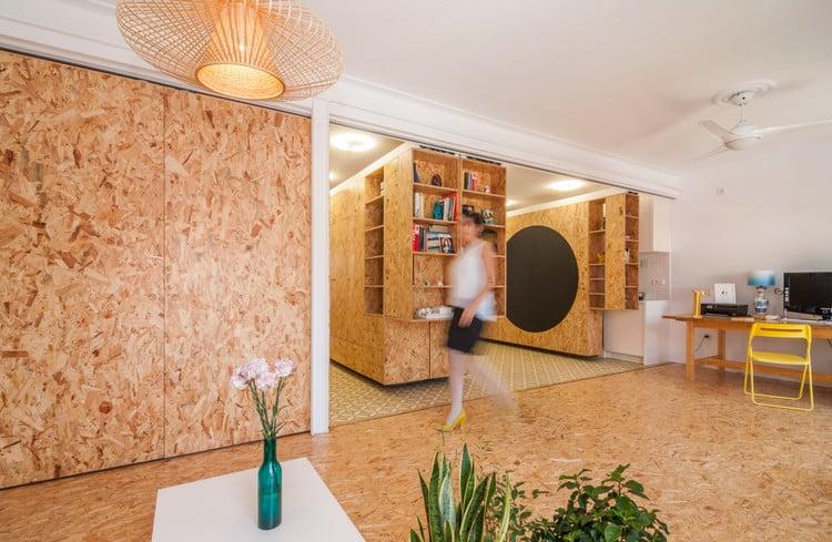 un int rieur modulable avec des panneaux d 39 osb. Black Bedroom Furniture Sets. Home Design Ideas