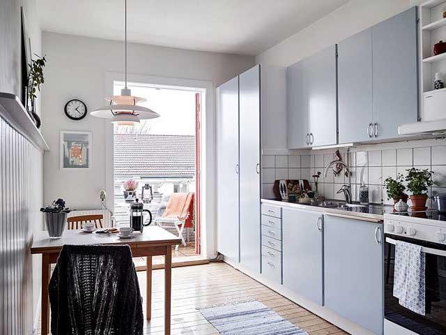 Intérieur scandinave minimaliste (3)