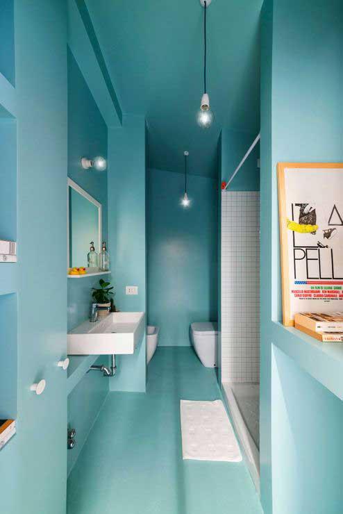 Appartement optimisé avec des placards en bois (9)