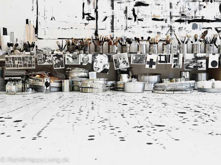 la decoration dans un atelier d artiste
