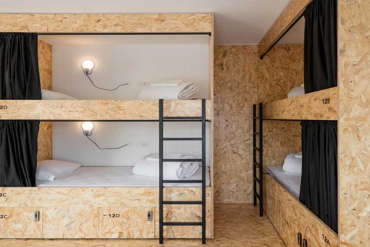 meuble osb camber meuble salon osb sur mesure batibouw with meuble osb simple dco le bois fait. Black Bedroom Furniture Sets. Home Design Ideas