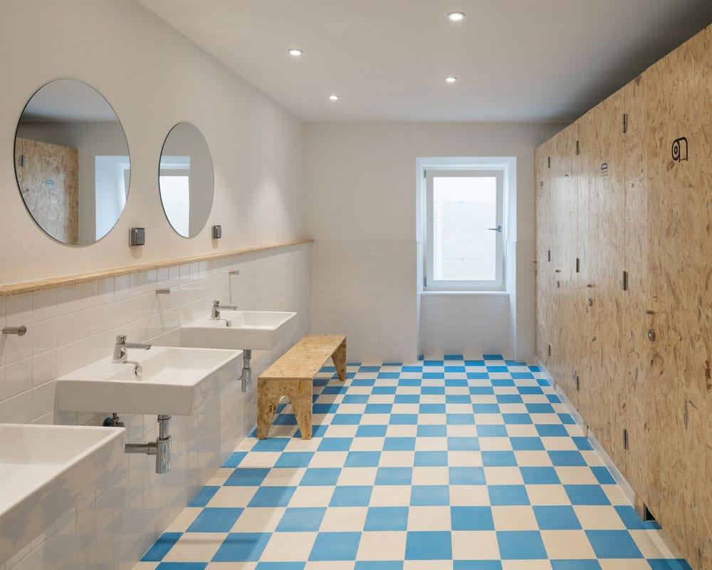 salle de bain avec osb