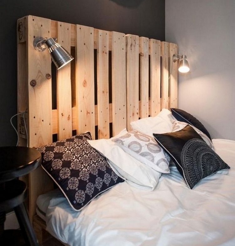 14 id es de lit palette fabriquer diy. Black Bedroom Furniture Sets. Home Design Ideas