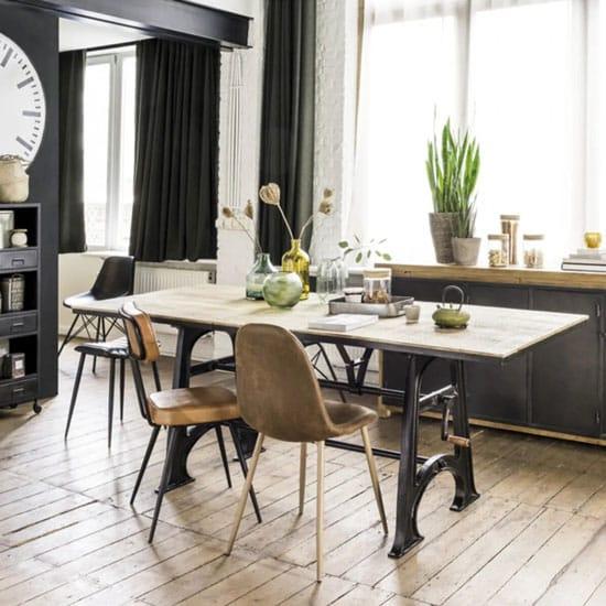 Table style industriel avec rallonges à manivelle