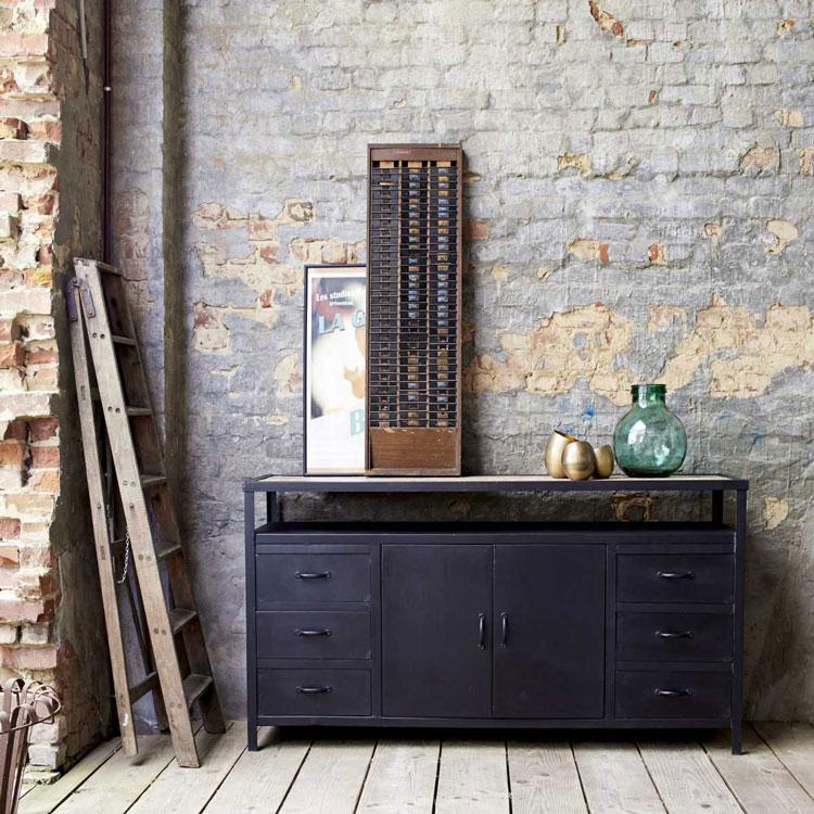 quel buffet industriel choisir pour un salon aux airs de loft. Black Bedroom Furniture Sets. Home Design Ideas