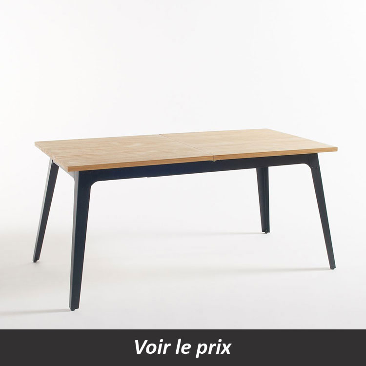 Table avec plateau en bois clair et pied métal