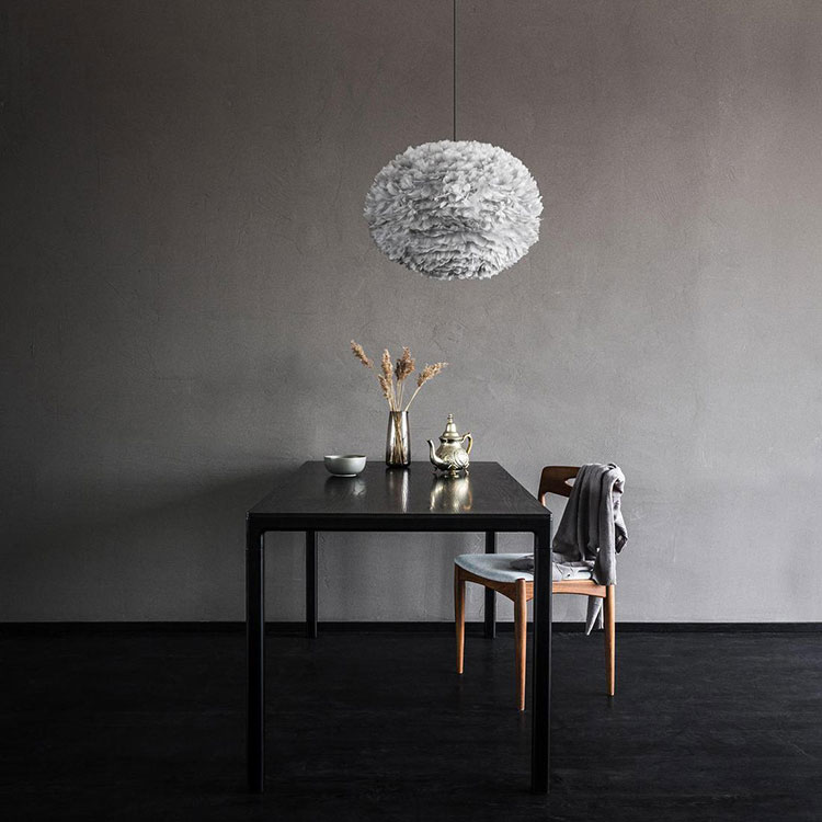 Grande suspension luminaire plume