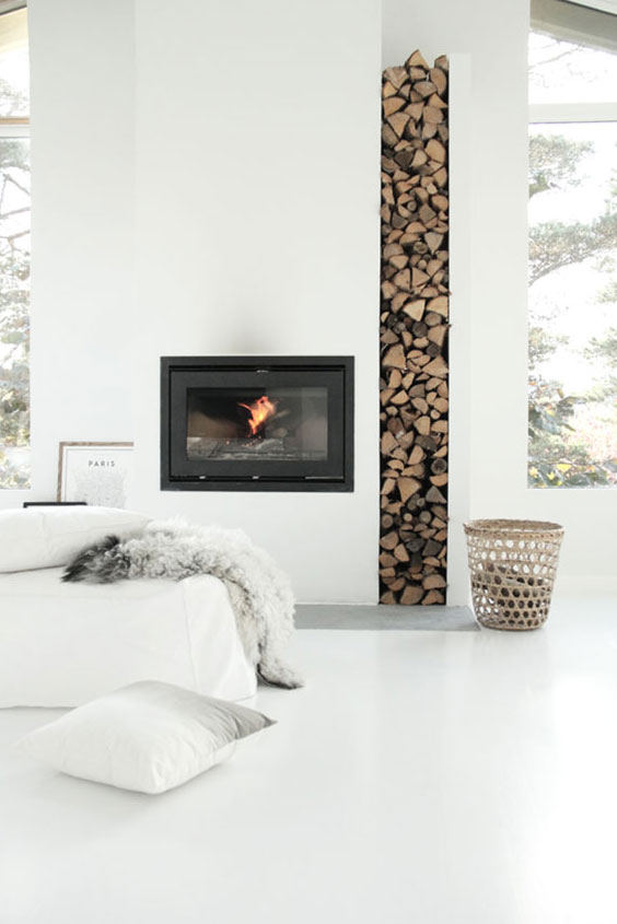 mur avec rangement à bois
