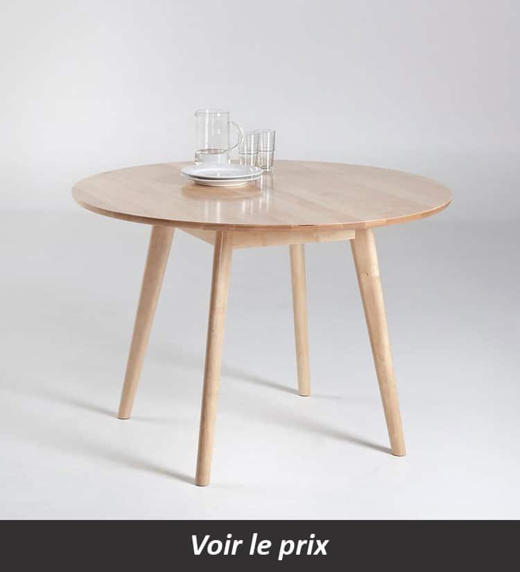 Table en bois scandinave