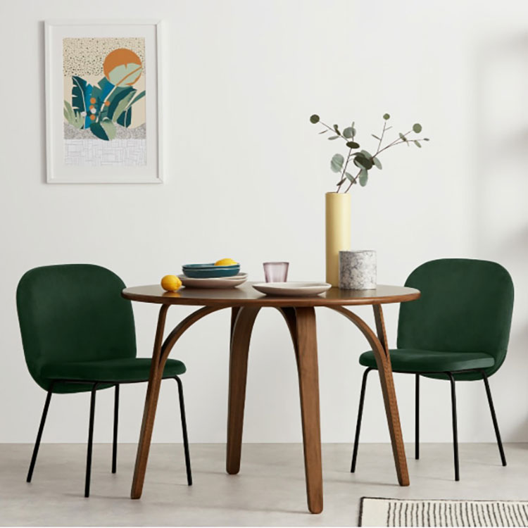 table ronde scandinave top 10 des mod les pour salle. Black Bedroom Furniture Sets. Home Design Ideas