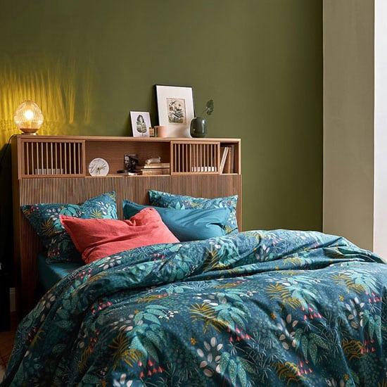 Tête de lit avec portes coulissantes