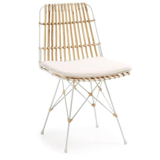Chaise en rotin blanc