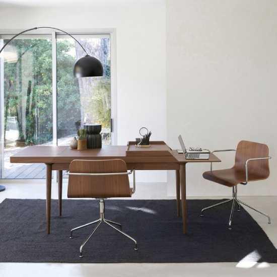 Chaise de bureau design en bois