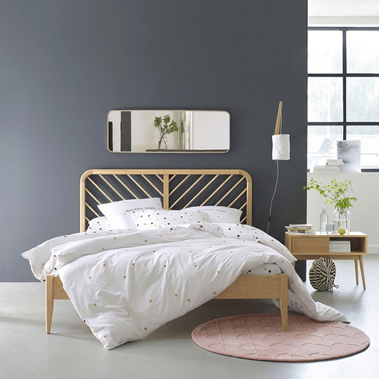 Un lit adulte style scandinave