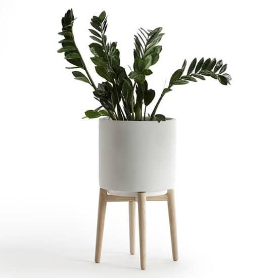 Vos plantes se fondront à merveille dans ce décor grâce à des cache pots aux tons clairs